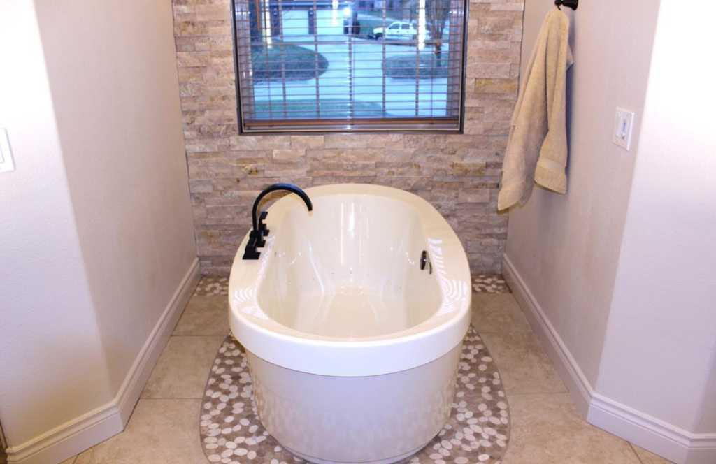 Tub-remodel-bath